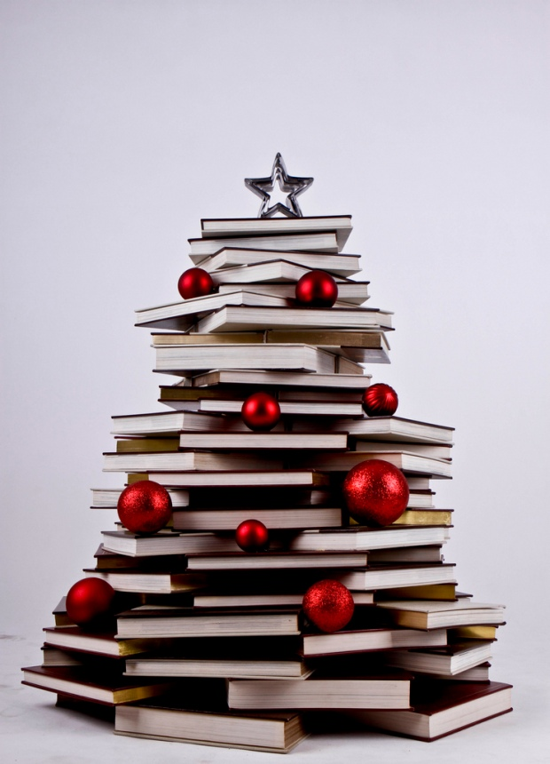 day_134__365_my_book_christmas_treeeee_for_2012