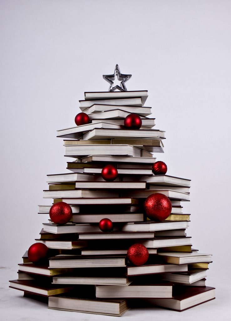 day_134__365_my_book_christmas_treeeee_for_2012